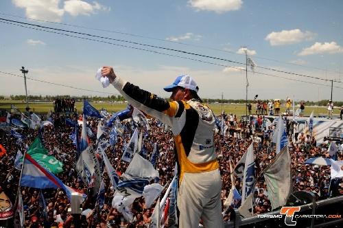 Turismo Carretera - El Guri Martínez es el campeón de la temporada 2015