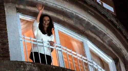 """Uberti : """"El día que murió Kirchner, en el departamento de Juncal tenian 60 millones de dolares"""