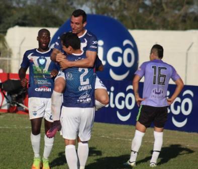 Futbol Boliviano - Dos goles de Martín Prost para la victoria de Sport Boys.