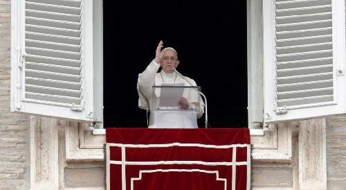 """la Iglesia subrayó que """"nadie puede hablar en nombre del Papa"""""""