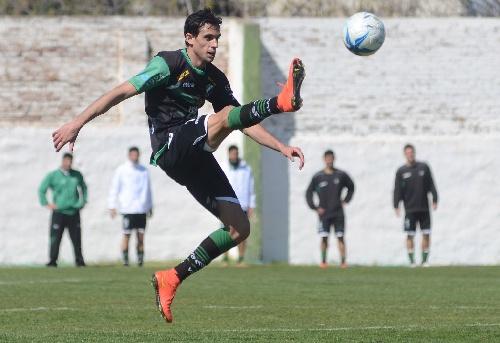 Federal B - Tres goles de Marcos Litre le dieron el triunfo a Villa Mitre.