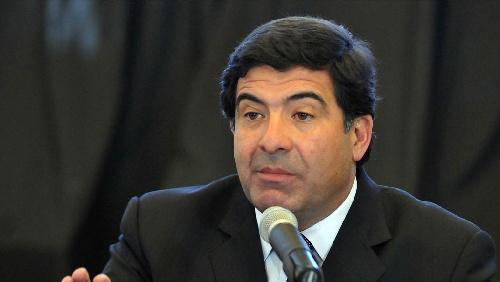 Las denuncias de corrupción jaquean a Echegaray