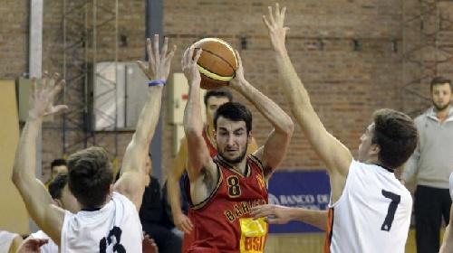 Basquet Bahiense - Bahiense derrotó a San Lorenzo. Esteban Silva goleador del cotejo con 21 puntos.