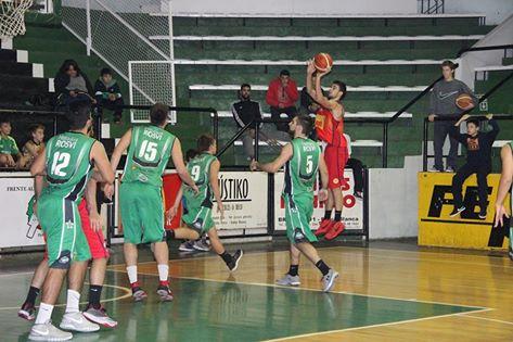 Basquet Bahiense - Triunfos de Estudiantes y de Bahiense del Norte por la 5ta fecha. Cleppe y Silva presentes.