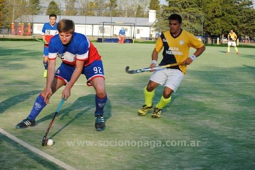 Hockey Masculino - El Cef 83 empató en su presentación por el Torneo de Clubes en Mar del Plata.