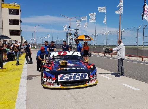 Turismo Carretera - Matías Rossi con su Ford marcó el mejor tiempo de la clasificación.