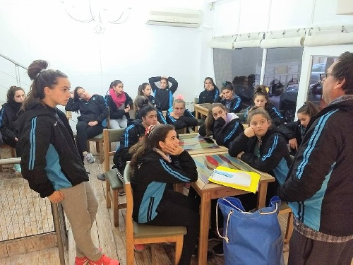 Hockey Femenino - El Sub 16 de la Federación ya se encuentra en Bahía Blanca.