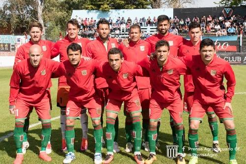 Nacional B - Agropecuario tuvo su primer caída en el torneo en el sur del Gran Bs As.