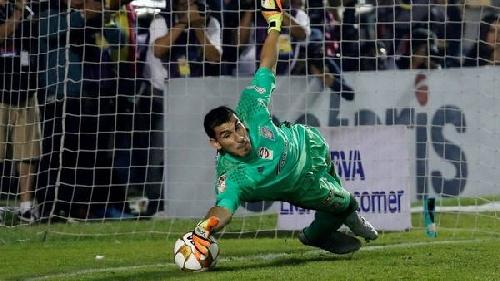 Con una actuación sobresaliente del arquero argentino Guzmán, Tigres se proclamó campeón mexicano.