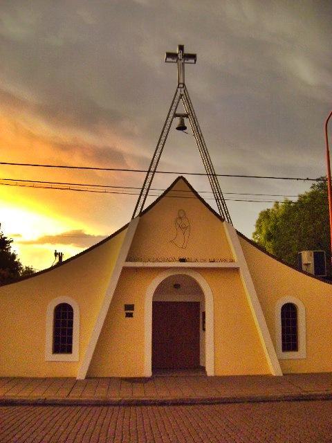 Capilla Sagrada Familia de Nazaret de Pigüé