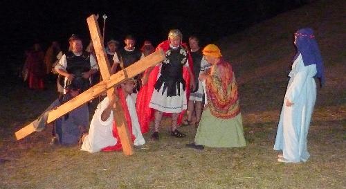 Vía Crucis en Saavedra