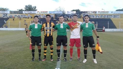 El equipo oficial de Olimpo que disputa los torneos de Afa goleó en amistoso a Huracán. Eric Verón titular en el Globo.