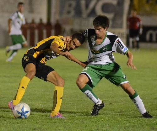 Liga Del Sur - Con Braian Pazos titular, Olimpo cayó ante Villa Mitre esta tarde.