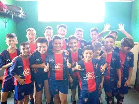 LRF - Inferiores - Peñarol goleó en las cuatro categorías a Unión de Tornquist.