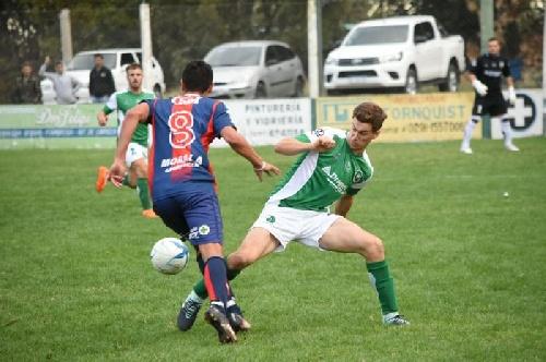 LRF - Peñarol empató ante Unión en Tornquist y continúa puntero - Empate de Sarmiento y derrotas de Unión y Argentino.