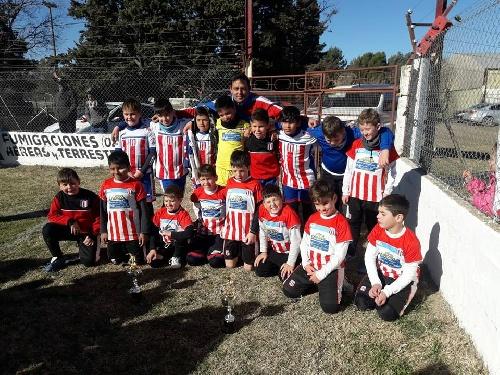 Fútbol Infantil - Los pequeños de Unión disputaron un certamen en Carhué