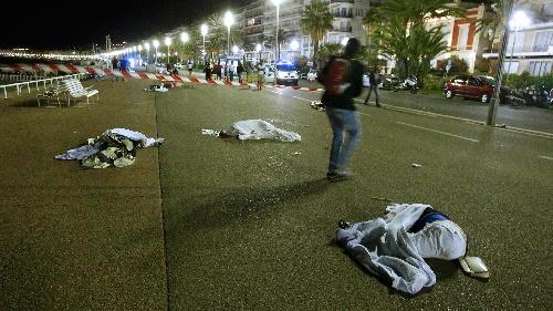 Atentado terrorista en Niza: el Gobierno francés eleva a 84 los muertos