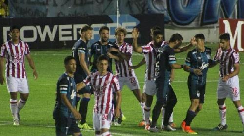 AFA - 1ra División - Atlético Tucumán como local no pudo con Unión de Santa Fe.