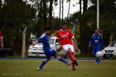 Liga Cultural Pampeana - Argentino de Darregueira con un gol de Alejandro Gabillondo empató en Bernasconi.