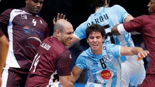 Derrota de Argentina ante Qatar en el Mundial de Handball que complica su clasificación.