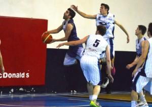 Basquet Bahiense - Con la reaparición de Martín Cleppe, Estudiantes batió a Argentino.