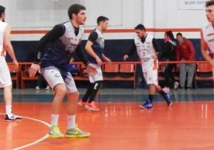 Basquet Bahiense - Martin Cleppe aportó 6 puntos para la derrota de Estudiantes ante San Lorenzo - Resto de la fecha..