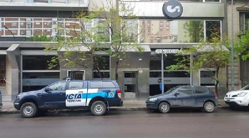Bahia Blanca: allanaron la financiera Crediba por la ruta del dinero K
