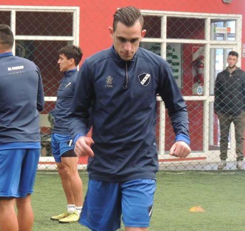 El equipo titular de Alvarado con Marcos Litre empató ante Santamarina de Tandil.