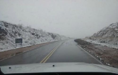 Primavera invernal: Aguanieve en Altas Cumbres y noche de tormenta en Córdoba