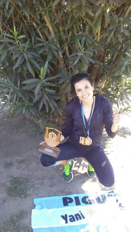 Maratón en 30 de Agosto -La pigüense Yani Clair clasificó 4ta en la general y 2da en su categoría.