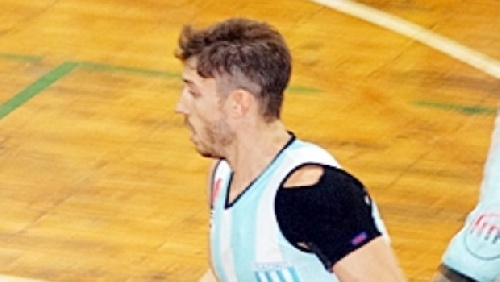 Basquet Chivilcoy - Erbel De Pietro anotó 26 puntos para la victoria de Racing.