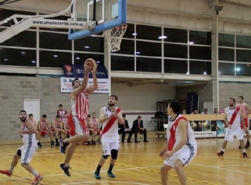 Federal Basquet - Derrota de River Plate con David Fric reapareciendo.