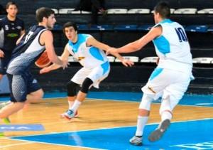 Basquet Bahiense - Estudiantes derrotó a El Nacional con 8 tantos de Martín Cleppe.