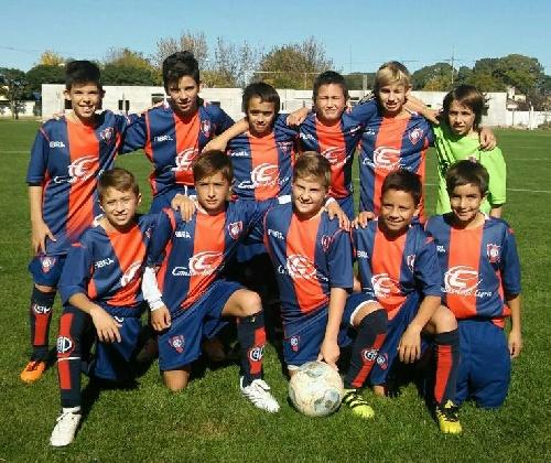 LRF - Inferiores - La 8va del Club Peñarol clasificó a cuartos de final del torneo Apertura