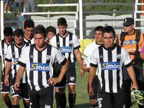 LRF - Puán Football Club en el adelanto de la fecha batió a Deportivo Sarmiento - Unión se mantiene 3° en esta zona.