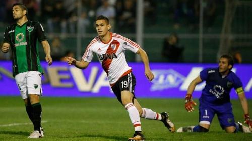 Superliga -  River Plate y Boca Juniors únicos punteros después de las victorias del domingo.