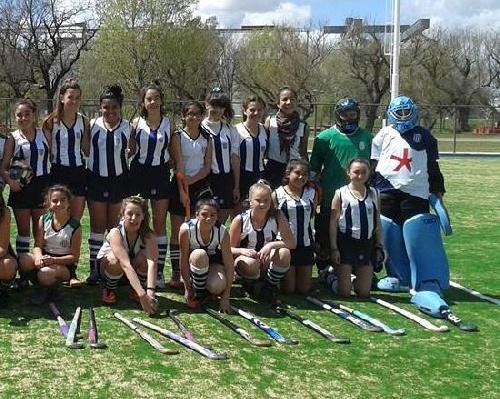 Hockey Femenino - Actividad del fin de semana - Club Sarmiento en Sub 14 el único cotejo de pigüenses.