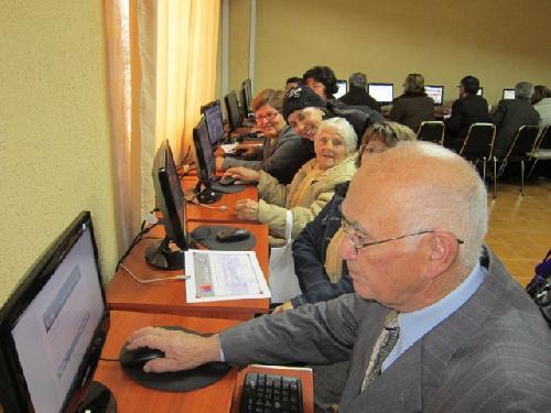 UPSO Pigüé: Capacitación de Adultos Mayores en el uso de nueva tecnología
