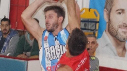 Basquet Chivilcoy - 17 tantos de Erbel De Pietro para la victoria de Racing ante Argentino.