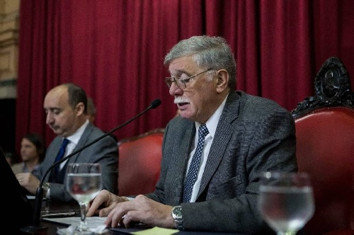 "EL SENADOR HORACIO LÓPEZ PROPONE QUE SE DECLARE A CURA MALAL,""CAPITAL PROVINCIAL DEL JINETE"""