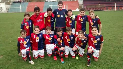 LRF - Inferiores - Victorias de Peñarol en 6ta, 7ma y 8va ante Puán F Club como visitante.