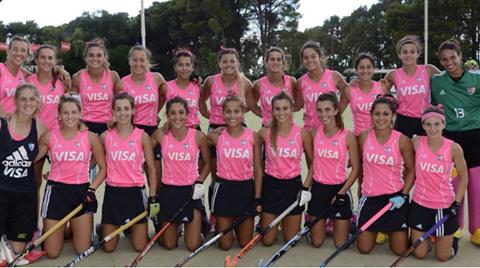 Hockey Femenino - Las Leoncitas golean 8 a 0 a Monte y se coronan en el Patagonia.