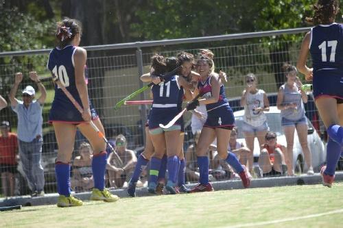 Hockey Femenino - El Cef 83 mañana intentará forzar un nuevo partido por la final del campeonato.
