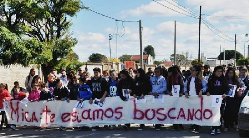 Allegados a Micaela realizaron la 10ª marcha en Bahia Blanca pidiendo por su aparición