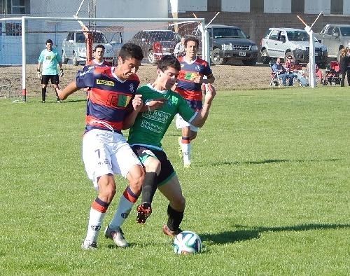LRF - Peñarol juega con Unión de Tornquist su semifinal el próximo domingo en Coronel Suárez.