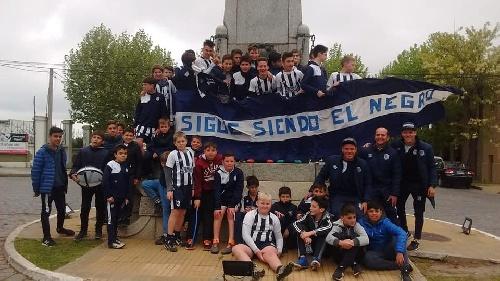 LRF - Inferiores - Club Sarmiento campeón anual en 7ma división.