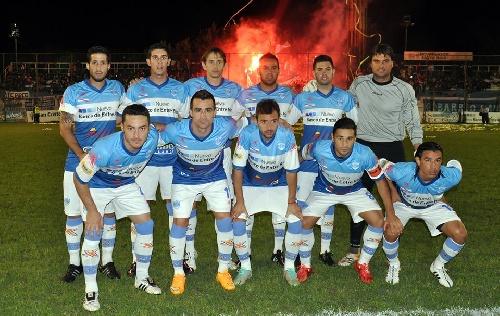 Federal A - Gimnasia de Entre Ríos ganó en Tucumán pero no le alcanzó.