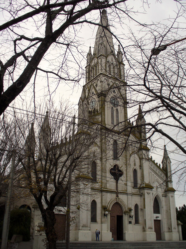 Concierto de música popular con coros de Bahia Blanca en el Templo Ntra. Sra. de Luján