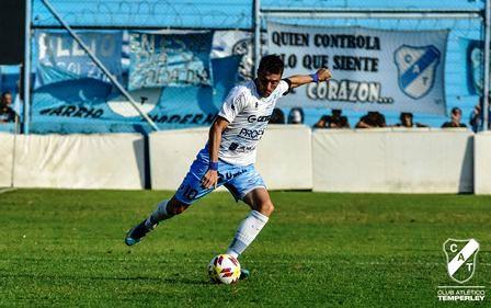 Nacional B . Leandro González con Temperley enfrentó a Central Córdoba.
