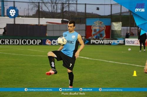 Con un gol de Martín Prost ,Juventud Unida derrotó a Gimnasia de Concepción del Uruguay.